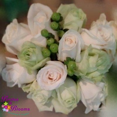 Green & Rose Nosegay