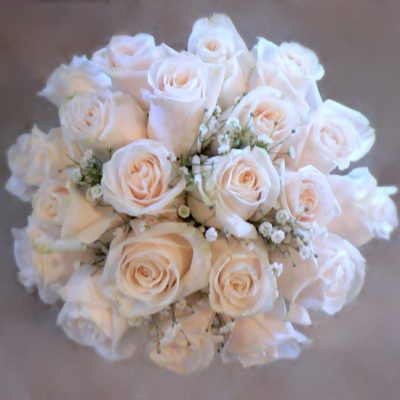 Traditional White Rose & Babies Breath Bouquet