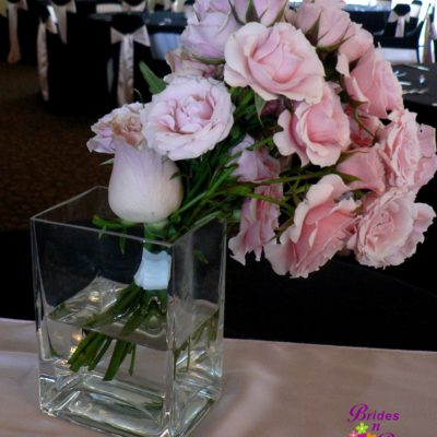 Brides N Blooms Designs, Small Rose Cocktail Table Design