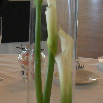 Cylinder style with Calla Lily Flowers