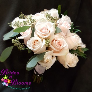 Two tone Rose & Greenery Bouquet
