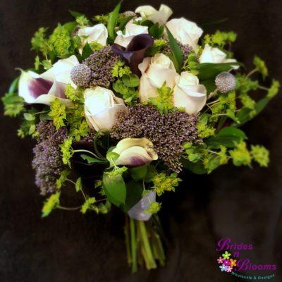 Roses, Mini Callas, Trachilium, Buplerum