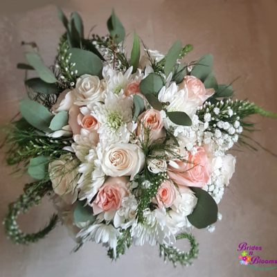 White & Blush Brides Bouquet